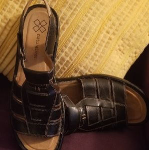 Black Naturalizer Sandals (worn once)
